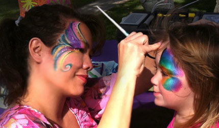 Gina face painter on the Central Coast